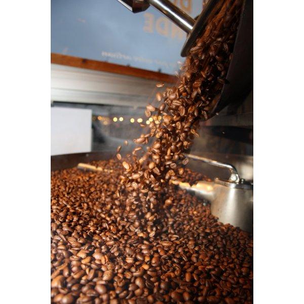 Caf italien torr fi vente de caf torr facteur grand cru caf s en grains ca - Cafe en grain haut de gamme ...